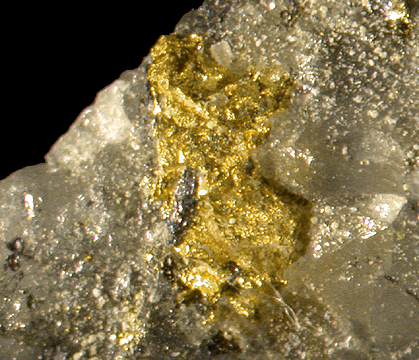 New Gold Discoveries Declining at Accelerating Rate
