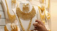 India Extends Restrictions as Gold Imports Jump
