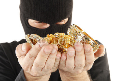 The Great Gold Heist of 2013 : Exploding Demand & Falling Supply