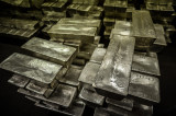 India Imports 462 MT of Silver in January