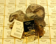 Gold Prices Higher On Slowing Global Economy and Geopolitical Tensions