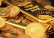 Gold: The One Commodity Buffett and Bernanke Just Don't Understand