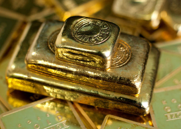 Russia Busts Gold Selling Rumors, Reports Buy Of 600K Ounces More