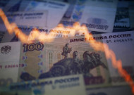 Why Russia Will Halt the Ruble's Slide and Keep Pumping Oil