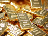 Russia Buys Most Gold In Six Months, Continues Selling US Treasuries