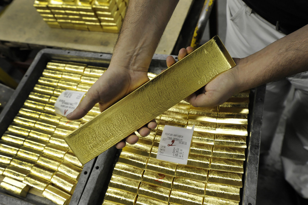 Gold, Governments and Central Banks