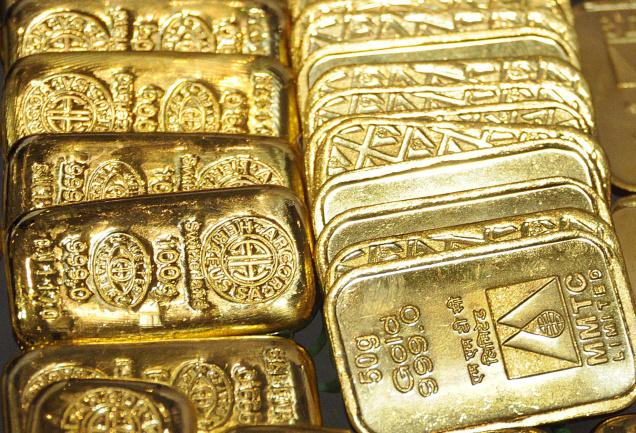 You Should Be Dollar-Cost Averaging Your Gold Purchases