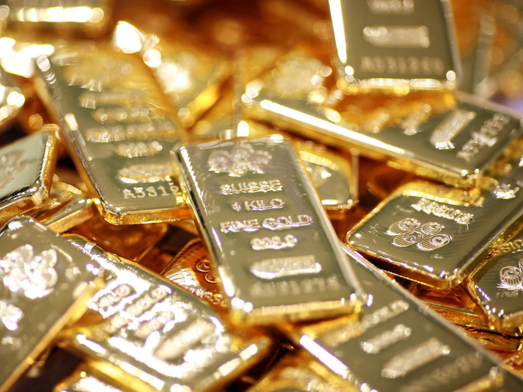 Large Withdrawal From JPMorgan's Gold Inventories In A Day
