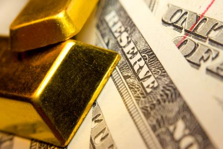 Gold And The US Dollar Are Reaching A Critical Point