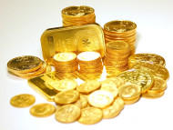 Follow The Smart Money - And Right Now It Is Moving Into Gold