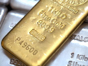 Case for Owning Real Money - Gold and Silver Outside the Banking System