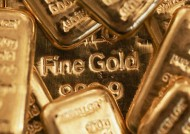 Investors Must Own Physical Gold & Ignore Paper Gold Volatility