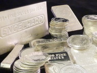 Silver Prices Hold Regardless of Dollar Strength - Dips will be Well Supported
