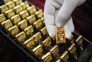 As Inflation Expectations rise, Gold looks more Attractive to Investors