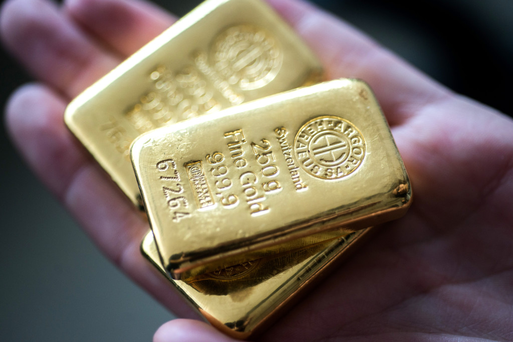 Gold Prices Can Test $2,000 in 18 months on Weak Dollar & Geo-political Tensions