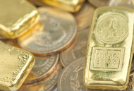 Gold Prices Search for Support while Silver Prices Test Resistance