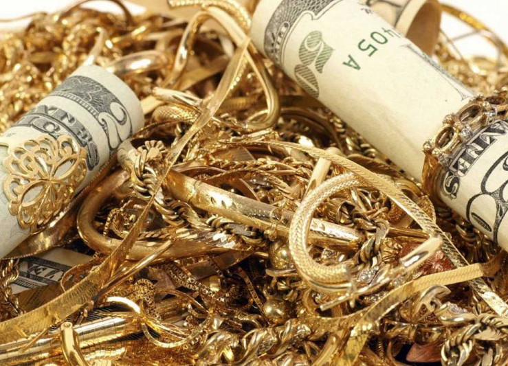 Americans Pawn Gold To Go Further Into Debt: US Gold Scrap Market Drying Up