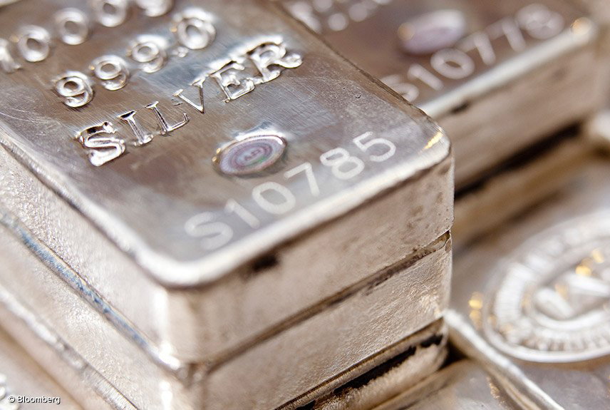 """Buying Silver could soon Prove to be the """"Investment of the Decade"""""""